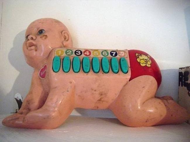Không tin được đây là những món đồ chơi cho trẻ em, đến người lớn chỉ nhìn thôi cũng hoảng sợ - Ảnh 8.