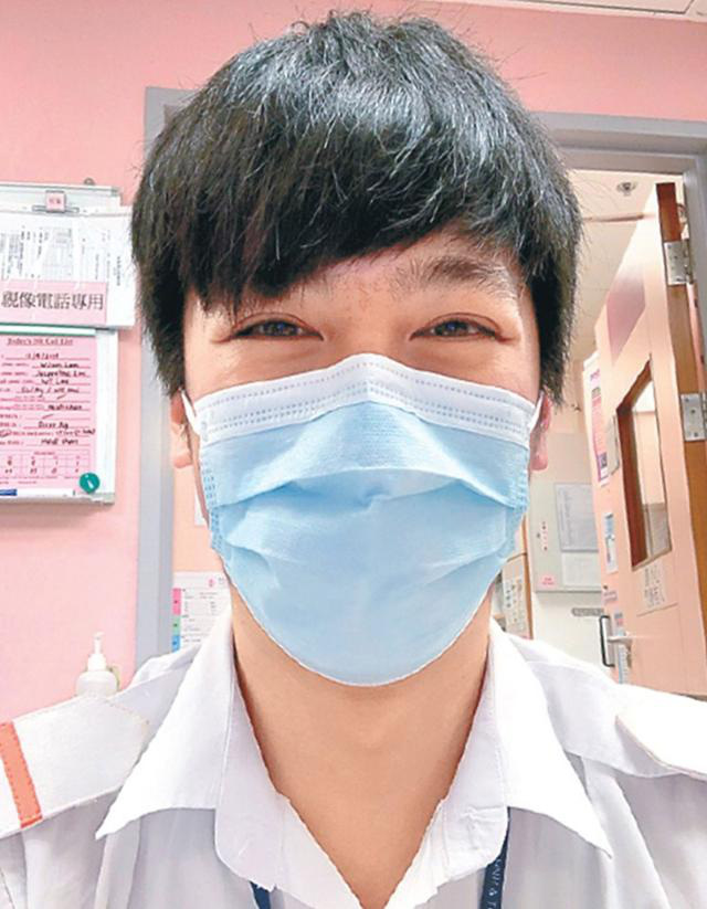 Đường Tăng xúc động kể chuyện con trai là y tá, xung phong ra tuyến đầu chăm sóc bệnh nhân nhiễm nCoV - Ảnh 1.