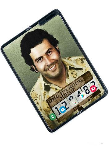 Tuyên bố Samsung đã chết, anh trai trùm ma tuý Pablo Escobar bán Galaxy Fold đội lốt giá chỉ 399 USD - Ảnh 2.