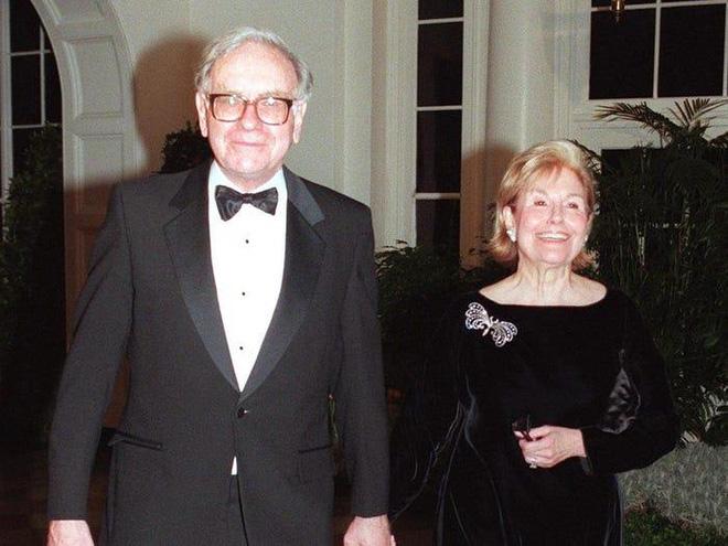 Bí mật ít biết về cuộc hôn nhân của tỷ phú Warren Buffett - Ảnh 4.