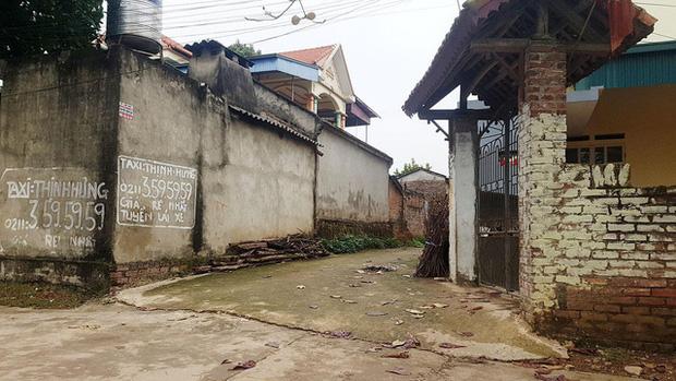 Thuốc khử trùng bao trùm làng quê có nhiều người nhiễm nCoV nhất cả nước - Ảnh 5.