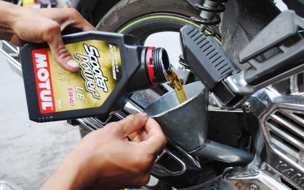Tại sao phải bảo dưỡng, thay thế phụ tùng xe máy định kỳ?