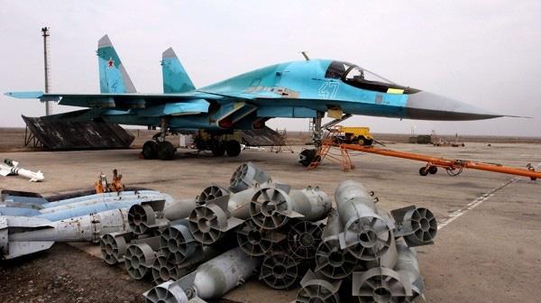 Thổ Nhĩ Kỳ đã thấy quan tài và đổ lệ: Su-34 và Su-35 Nga ra chiêu sấm sét - Ảnh 2.