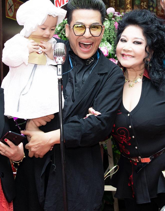 Thanh Bạch nói về 10 lần đám cưới với bà trùm bầu show: Tôi và Thúy Nga không ai tán tỉnh nhau hết - Ảnh 4.