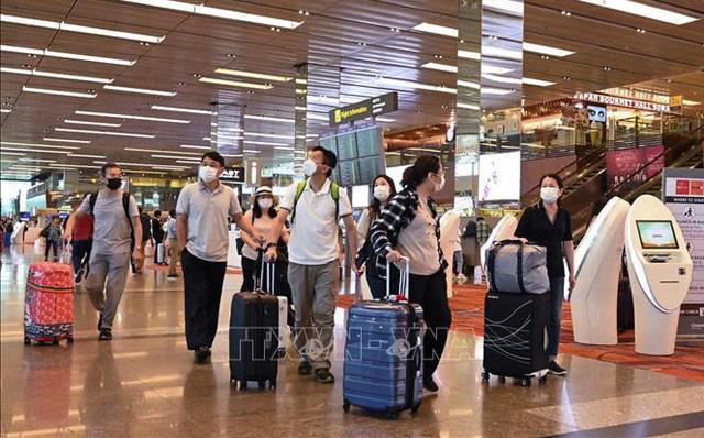 Vũ Hán sắp đóng cửa 2 bệnh viện dã chiến cuối cùng; Nội các Nhật Bản thông qua dự luật mới về COVID-19 - Ảnh 1.