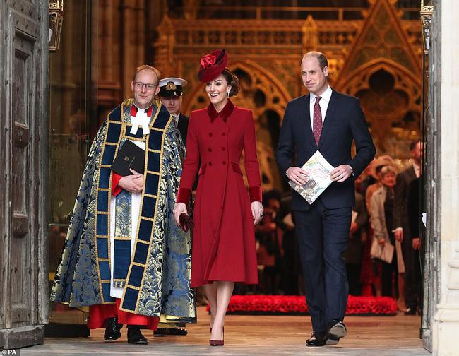 Sự thất vọng hoàng gia: Gia đình Công nương Kate và vợ chồng em dâu Meghan Markle tránh chạm mặt nhau, hạn chế sự tương tác - Ảnh 3.