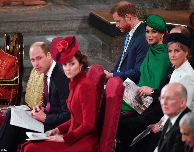 Sự thất vọng hoàng gia: Gia đình Công nương Kate và vợ chồng em dâu Meghan Markle tránh chạm mặt nhau, hạn chế sự tương tác - Ảnh 6.