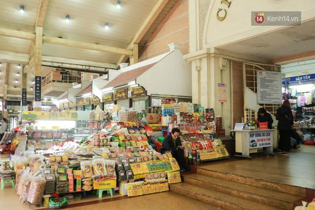 Ảnh: Cảnh tượng đìu hiu tại khu chợ lớn nhất Hà Nội trong mùa dịch Covid-19 - Ảnh 6.