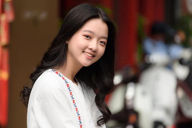Vẻ ngoài xinh đẹp, phổng phao tuổi dậy thì của sao nhí đắt show nhất nhì màn ảnh Việt - Ảnh 7.