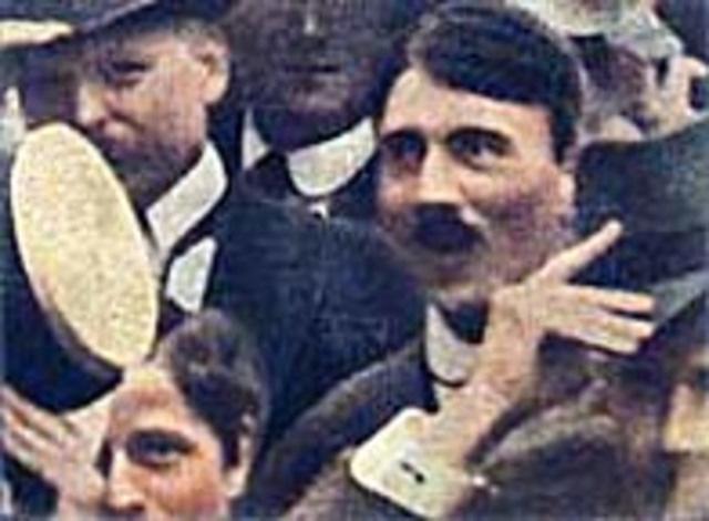 Giải mã Hitler: Hành trình lột xác từ 1 người vô gia cư đến ác quỷ đội lốt người - Ảnh 4.