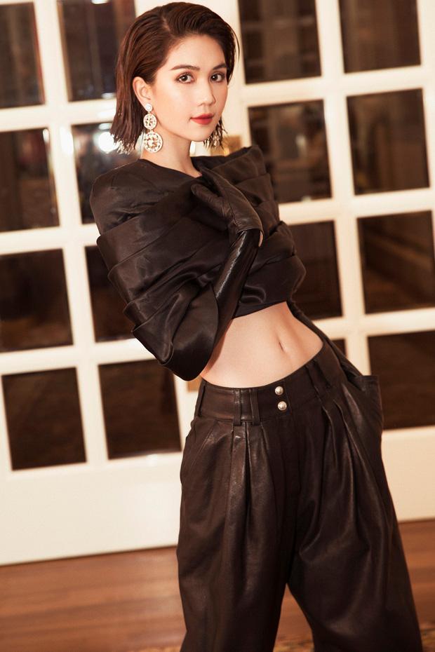 Ngọc Trinh: Từ phiên bản khoe thân Can Lộ Lộ chen chân thất bại vào nghệ thuật đến blogger triệu view của showbiz Việt - Ảnh 4.