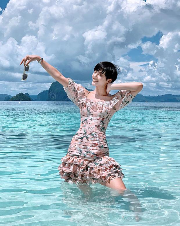 Bản sao Tâm Tít và cú lột xác đầy nóng bỏng của hot girl Khánh Linh - Ảnh 10.