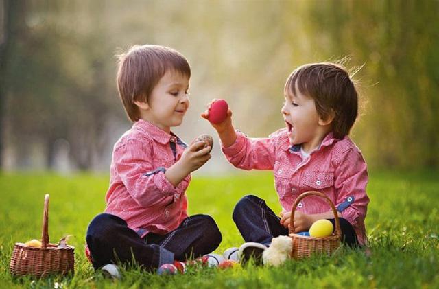 Đừng cố gắng dạy con cách để thành công, hãy giúp con trở thành người tốt: Một người tử tế sẽ luôn có nhiều khả năng thành công hơn trong tương lai - Ảnh 1.
