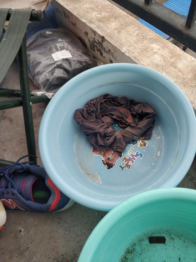 Thảm cảnh bạn cùng phòng ở bẩn đã lên một level mới, dân tình khuyên nên ra bãi rác luôn cho đỡ tốn tiền thuê phòng - Ảnh 2.