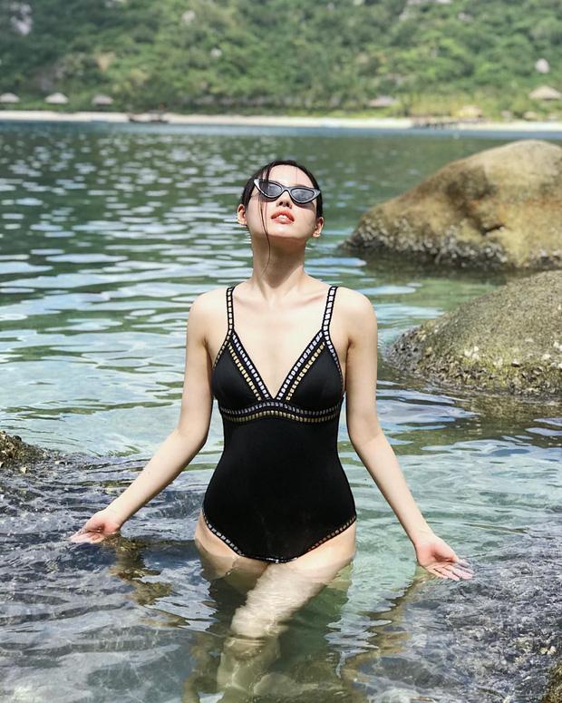 Loạt ảnh mặc bikini nóng bỏng của bản sao Tâm Tít - Ảnh 9.
