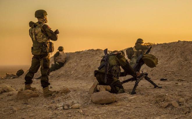 Đối đầu Nga - Mỹ ở Syria: 4 giờ giao chiến đẫm máu năm 2018 có lặp lại? - Ảnh 2.