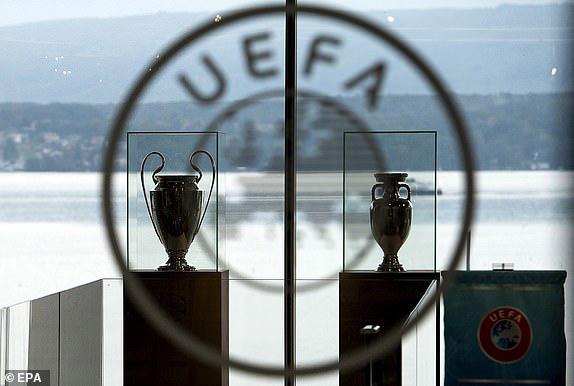 Chính thức: Euro 2020 bị hoãn một năm, Champions League có thể thức độc nhất vô nhị - Ảnh 2.