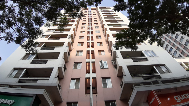 TP.HCM: Phong tỏa, cách ly toàn bộ chung cư cao cấp ở Phú Mỹ Hưng sau ca nhiễm Covid-19 số 66 - Ảnh 3.