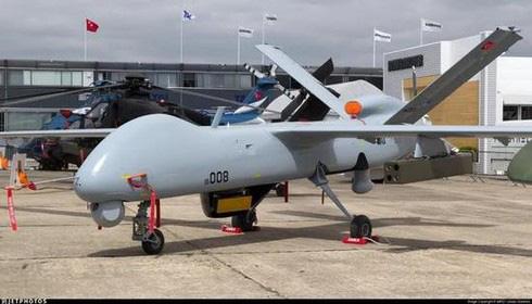 Nga và Syria làm nền giúp Thổ Nhĩ Kỳ xuất khẩu UAV - Ảnh 1.