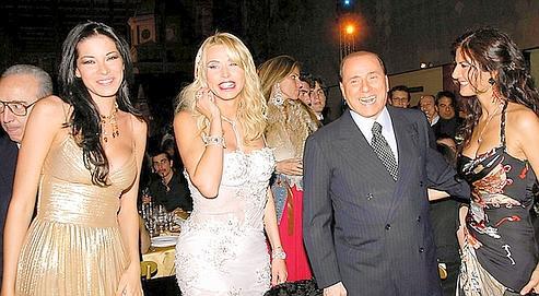 Ông Chủ tịch ngông cuồng & những bữa tiệc điên đảo với rượu cùng gái đẹp - Ảnh 1.