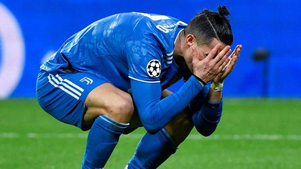 Ronaldo bị bắt quả tang nói xấu đồng đội sau trận thua tủi hổ tại giải đấu danh giá nhất cấp CLB - Ảnh 1.