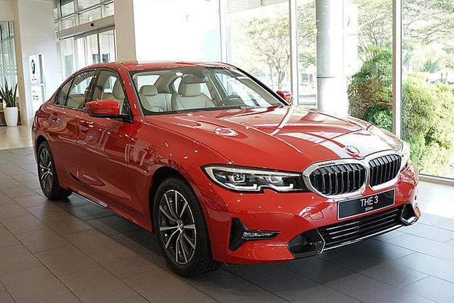 5 mẫu xe cho thấy mốt xe sang châu Âu 'giá rẻ' nhưng vẫn chảnh tại Việt Nam: Cắt trang bị, giảm giá trăm triệu, vợt khách của xe phổ thông - Ảnh 3.