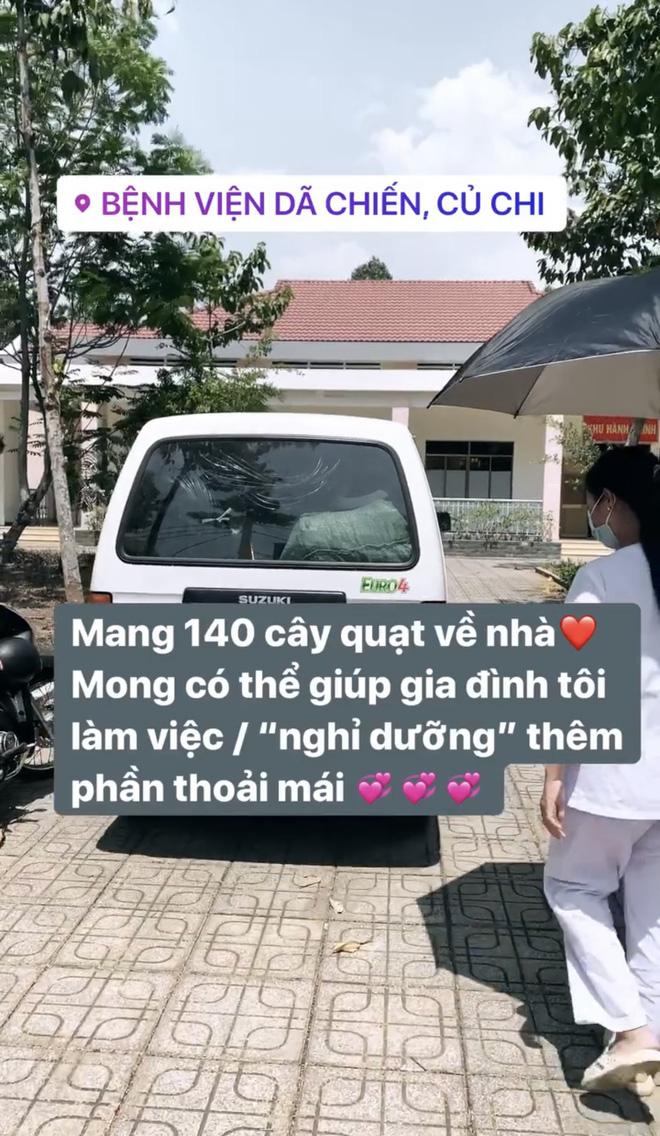 Châu Bùi tặng 140 cây quạt, 1000 chai nước rửa tay cho bệnh viện mình từng cách ly - Ảnh 3.