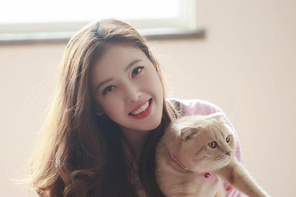 3 cô gái em gái của nhan sắc không thua kém chị của Hoa hậu Mai Phương Thúy, Hhen Niê, Jennifer Phạm - Ảnh 4.