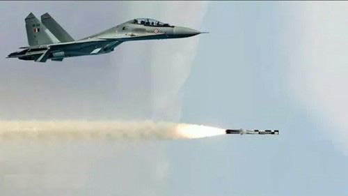 Nga và Ấn Độ thống nhất bộ khung kỹ thuật tiêm kích Su-30MKI mới: Chờ hợp đồng bom tấn - Ảnh 1.