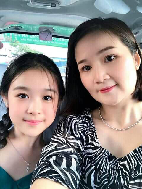 Cặp mẹ con khiến ai nhìn cũng thích vì quá xinh, profile của cô con gái rất khủng nhưng sự nghiêm khắc của người mẹ lại càng được chú ý - ảnh 12
