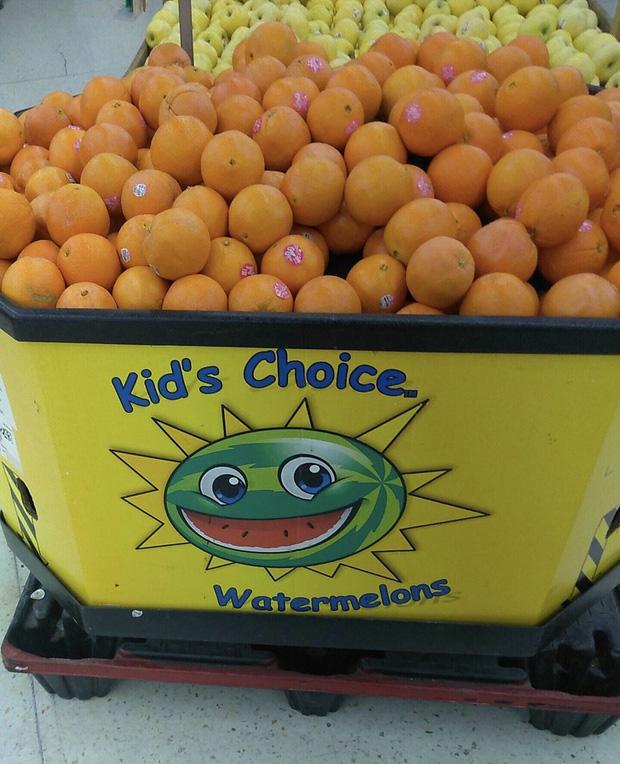 Dưa hấu giờ đột biến thành cam nhỉ?