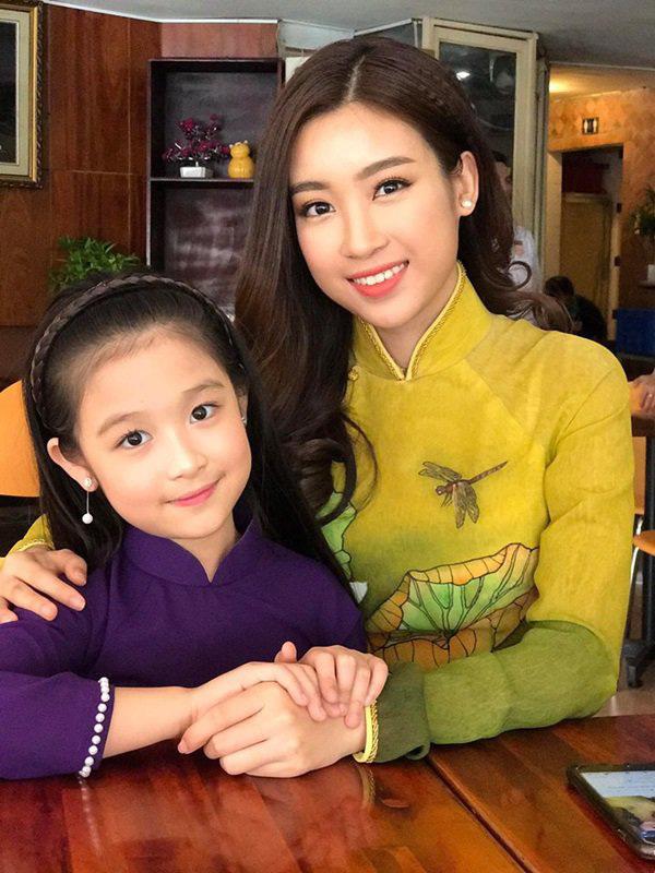 Cặp mẹ con khiến ai nhìn cũng thích vì quá xinh, profile của cô con gái rất khủng nhưng sự nghiêm khắc của người mẹ lại càng được chú ý - ảnh 5