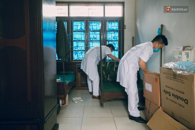 Những chú bộ đội, nhân viên y tế qua ống kính một du học sinh đang cách ly ở Bắc Ninh: Thật hạnh phúc khi được ở đây!  - Ảnh 10.