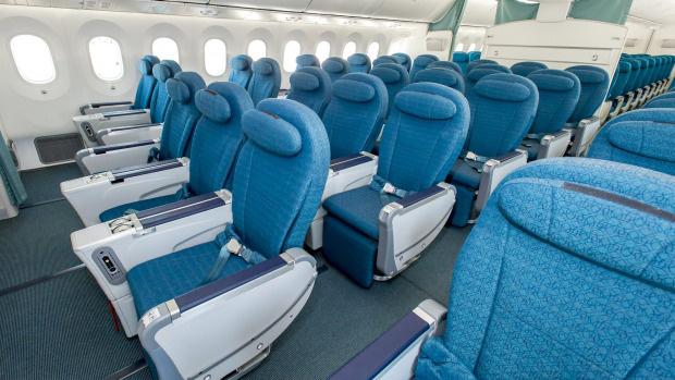 Boeing 787 Dreamliner đưa kiều bào VN về nước giữa dịch Covid-19 hiện đại như thế nào? - Ảnh 5.