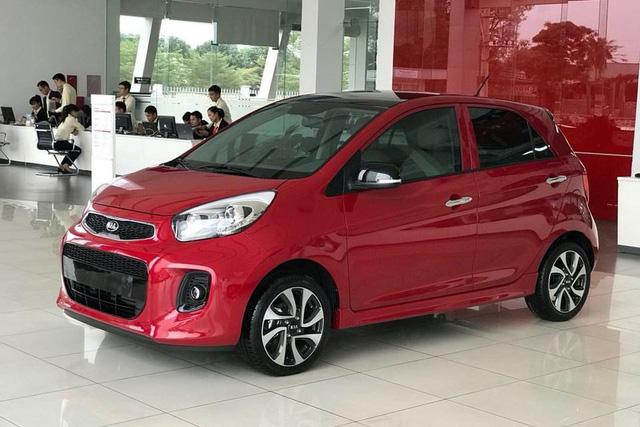 Đề xuất giảm thuế vì COVID-19, ô tô trước cơ hội rẻ hơn tới hàng trăm triệu đồng tại Việt Nam - Ảnh 2.