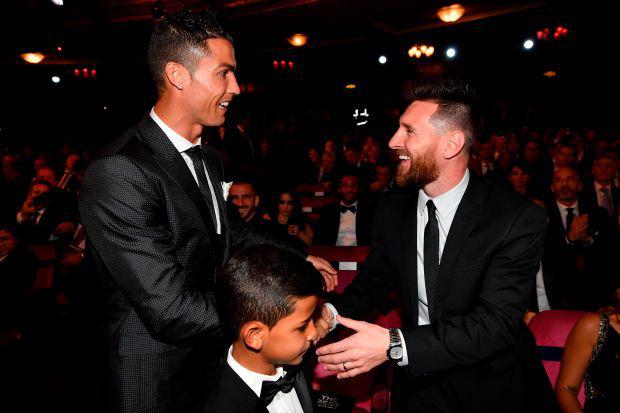Ronaldo và Messi bất ngờ nằm ngoài top 10 VĐV xuất sắc nhất lịch sử thế giới - Ảnh 2.