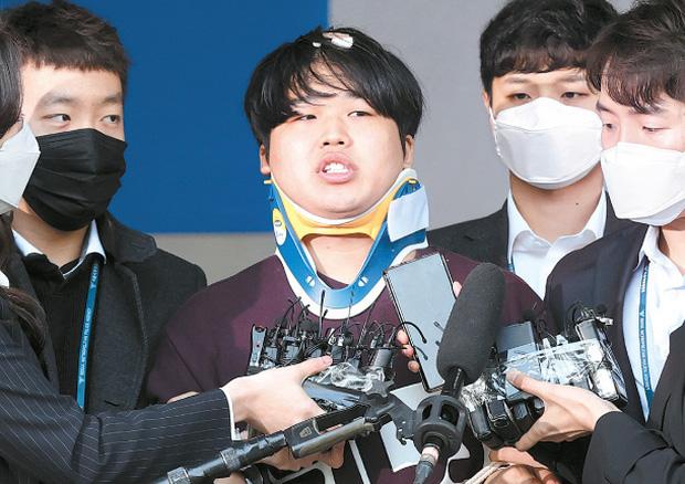 Sốc: Phát hiện sao Hàn, giáo sư, vận động viên, CEO nổi tiếng trong Phòng chat thứ N, một nghệ sĩ lọt vào vòng nghi vấn - Ảnh 2.