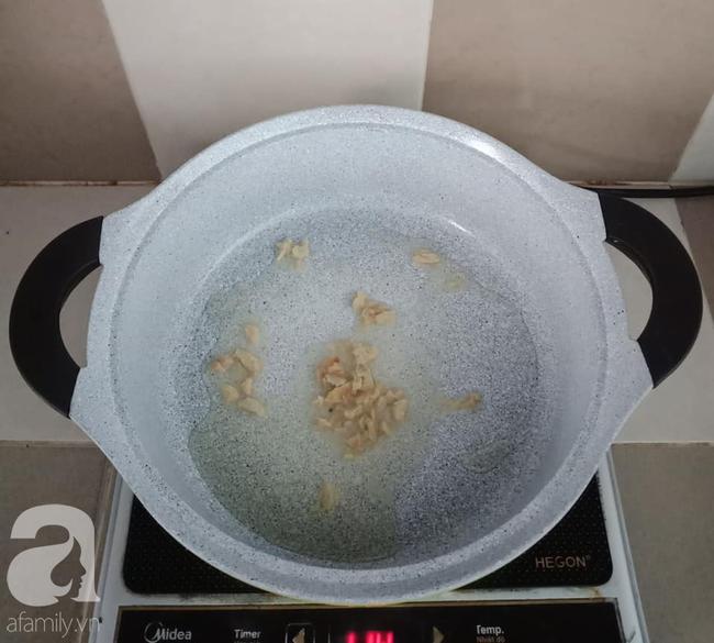 Tôi học được cách nấu canh cá của đầu bếp Hàn Quốc, mẹ chồng cũng phải xuýt xoa khen ngon - Ảnh 2.