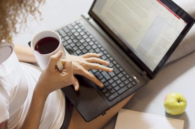 Làm việc tại nhà để phòng chống dịch Covid-19: Chuyên gia dinh dưỡng đưa ra 5 giải pháp chặn đứng ăn uống quá độ, ăn theo cảm xúc - Ảnh 4.