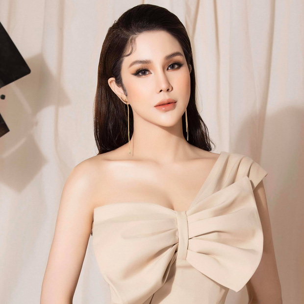 Mỹ nhân Vbiz khiến netizen hoảng hốt vì mặt sưng phồng: Diệp Lâm Anh thành bản sao Park Bom, Hiền Hồ bị nghi dao kéo - ảnh 11