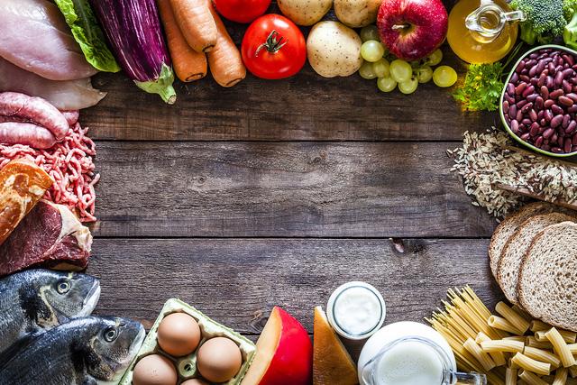 Bloomberg: Chính phủ nhiều nước đang tích trữ lương thực trước đại dịch Covid-19 - Ảnh 3.