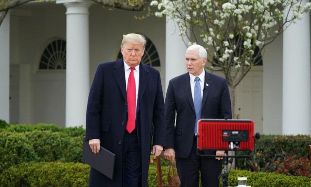 Tổng thống Trump và các nhà lãnh đạo thế giới: Ai là người tuân thủ quy định giữ khoảng cách giao tiếp nhất? - Ảnh 9.
