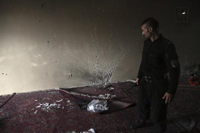 Tấn công ở Afghanistan khiến 25 người thiệt mạng và 8 người bị thương - ảnh 8