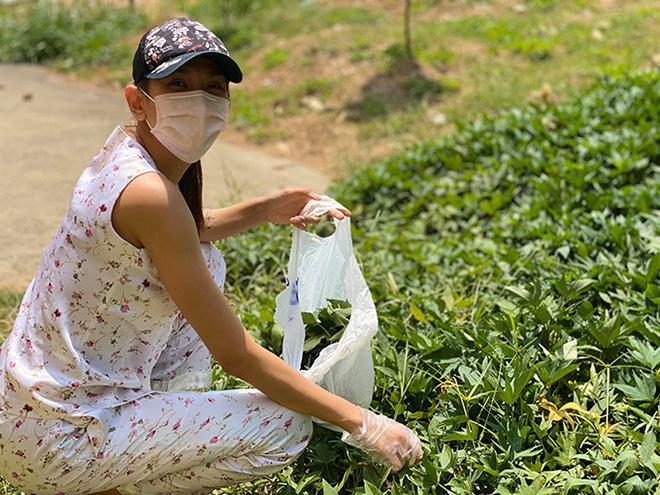 Cuộc sống của siêu mẫu Võ Hoàng Yến tại khu cách ly: Luộc rau bằng ấm siêu tốc, chăm chó  - Ảnh 5.