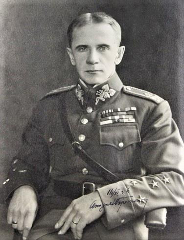 Sergei Wojciechowski - Vị tướng đầy cá tính của 3 quân đội - ảnh 3