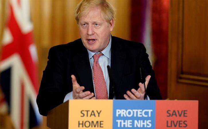 """Sau khi có kết quả xác nhận mắc COVID-19, đây là điều đầu tiên Thủ tướng Anh """"tâm sự"""" với ông Trump"""