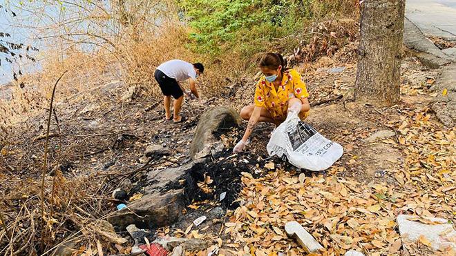 Phi Nhung lo lắng sau 2 tháng không gặp con, Võ Hoàng Yến đi nhặt rác trong khu cách ly - Ảnh 7.