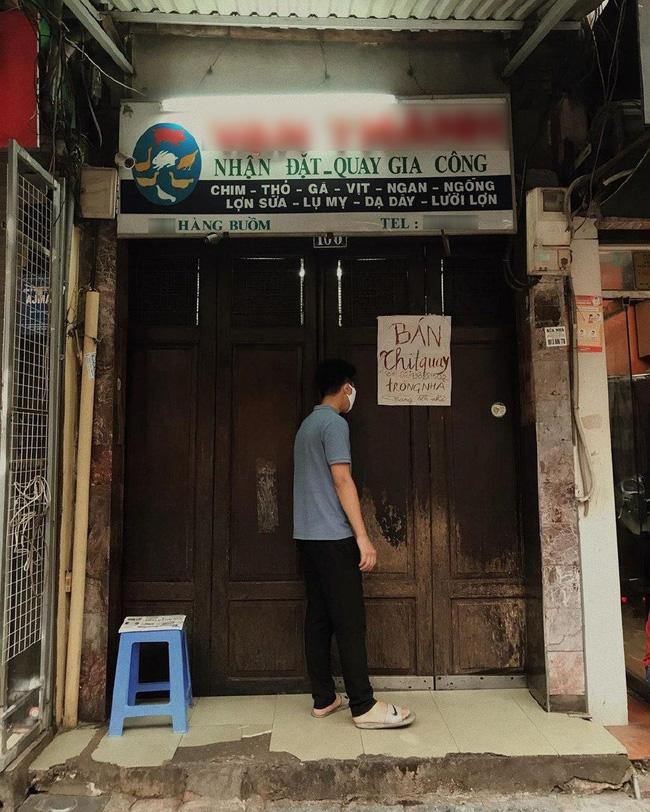 Phải đóng cửa phòng dịch, cửa hàng vịt quay có tiếng phố Hàng Buồm nghĩ ra cách bán như tấu hài - ảnh 2