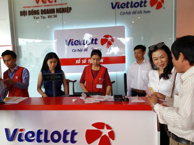 Vietlott dự kiến ngưng bán vé, xổ số kiến thiết sẵn sàng đóng cửa - Ảnh 1.