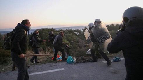 Thổ Nhĩ Kỳ chơi hiểm để ép NATO đưa quân đến Syria - Ảnh 3.
